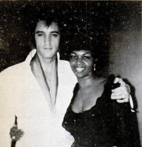 Elvis Presley mit Cissy Houston