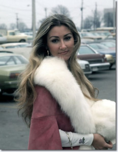 Linda Thompson 1975