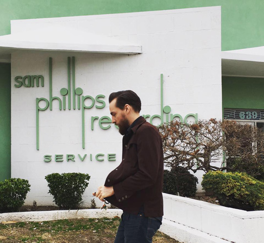 Matt Ross-Spang entering Sam Phillips Recording Service in Memphis - Photo: Ross-Spang